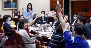 萊豬進退難3/恐影響選舉提名綠委 傳被逼封殺「營養午餐萊豬」提案
