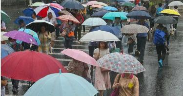 國慶看煙火「日夜溫差近10度」!明熱帶擾動通過 東半部降雨機率高