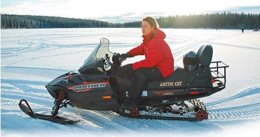 加國體驗冰上摩托車 廖科溢無緣見極光