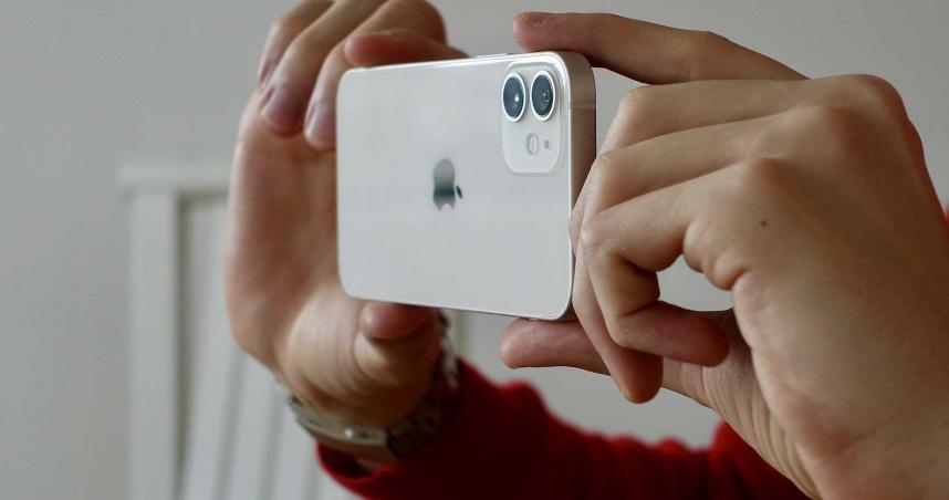 使用者注意!蘋果官方坦承 iPhone12系列可能影響心律調節器