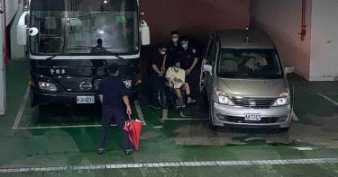 「少龍」徐浩城猥褻性侵6女 法官今當庭將他收押禁見
