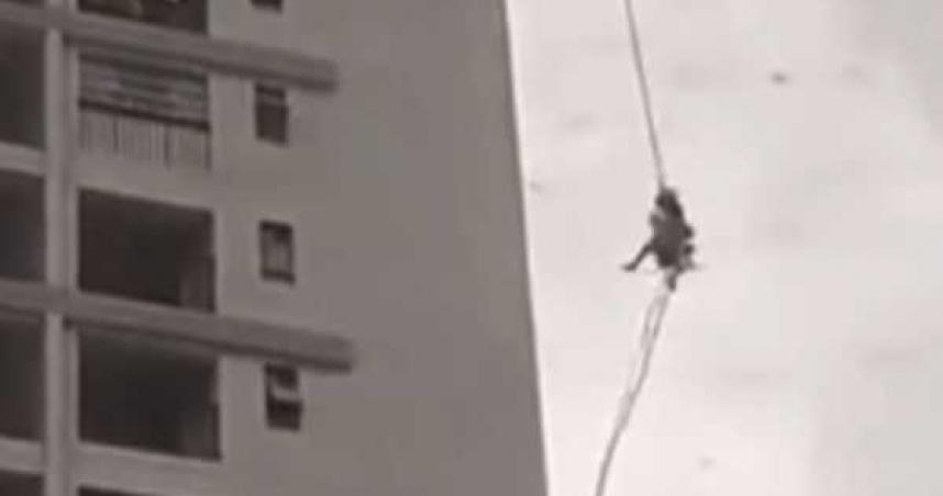 站高樓遇恐怖強風!2工人被「吹到半空打轉撞牆」緊抓繩子保命