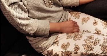 60歲老母下體熱痛「潰爛見嫩肉」 女兒罵「爸死了還亂來」…原來是這疾病