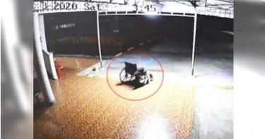 輪椅深夜自己動還會「轉彎向後滑」 院方嚇壞:主人剛過世…