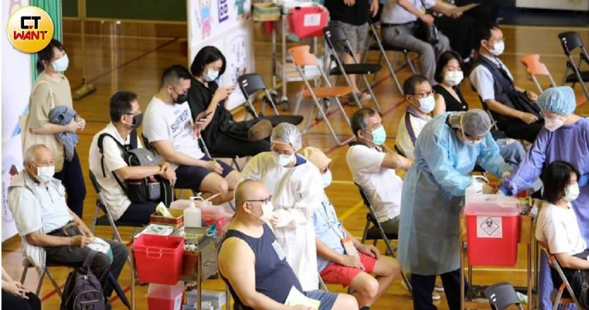BNT今到貨「四大疫苗」齊聚台灣 一篇文搞懂下波輪誰打