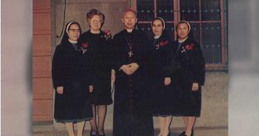 修女成肥羊2/出國3次才募得辦學費用 3修女心血險遭天主教總會收割