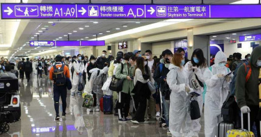 違反居家檢疫拒收罰單落跑時機場遭攔 韓籍夫妻控訴「侵犯隱私」