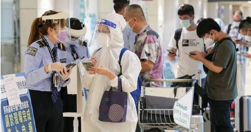 疫情趨緩 5機場飛離島「今起免篩檢」
