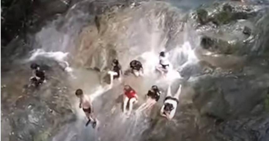 瀑布仙境13秒變「恐怖地獄」! 山洪暴發秒奪3命