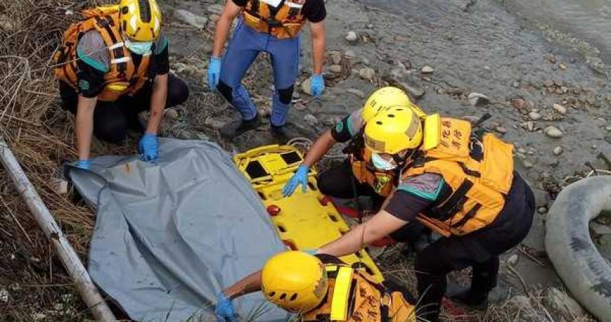 彰化和美驚傳命案 黑衣男漂浮水上全身腫脹明顯死亡