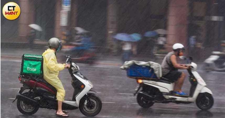 中南部大量降雨「沒完沒了」 吳德榮:周末起嚴防致災雨