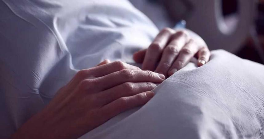 女病患控「3度襲胸還摳」被摸到爽 台南知名醫美駁斥:麻醉產生幻覺