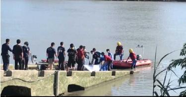 中正橋改建工程工人落水3天 釣客發現遺體!家屬哀慟