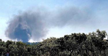 台中后里橡膠廠大火黑煙直衝天際影響空品 環保局要開罰