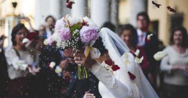 洋派妞回台嫁望族 準夫家要求「1習俗照著做」…新娘氣炸:不結了