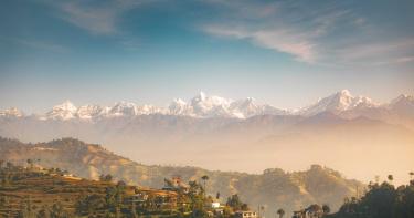 30年來奇景!超清晰喜馬拉雅山露臉 居民激動:連星星也看得到