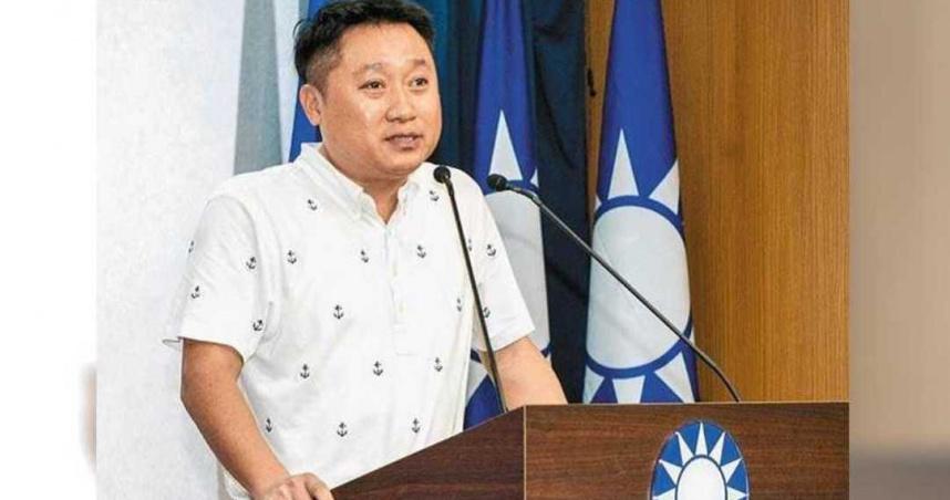 兼任藍高市黨部主委 李哲華將住韓國瑜舊寢室還邀韓參加黨慶
