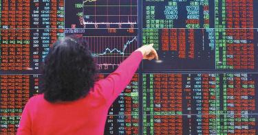 台股再度「火箭升空」  放量大漲 挑戰市值46兆新高
