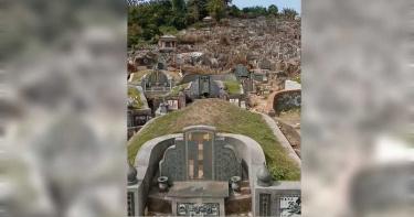 警對無人墓地宣導防疫 民眾驚呆:喊給祖先聽的嗎?