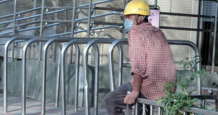 勞動部擴大「生活補貼」6萬人受惠 7月9日起開放登記