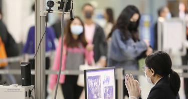 質疑台灣潛伏「帶原黑數」? 指揮中心:考慮進行社區大篩檢