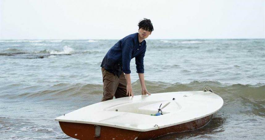 《記憶浮島》吃盡苦頭 安哲趴沙灘5小時吹冷風險失溫