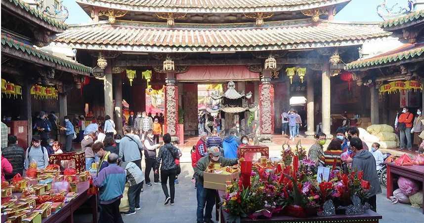鹿港天后宮循百年傳統抽百業籤 觀光業蟬聯籤王