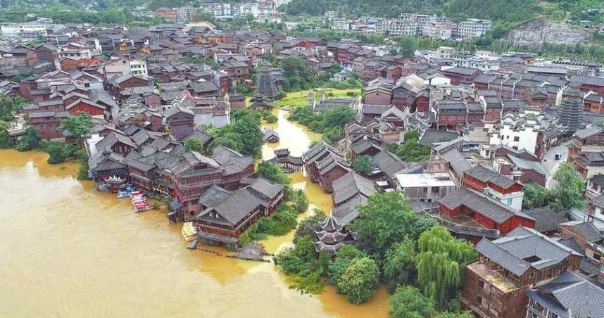 暴雨狂襲! 大陸災損高達千億台幣