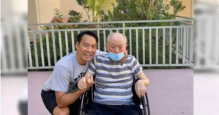 返台隔離才出關 艾力克斯接父病逝消息⋯臉書悼念:他是我的完美爸爸