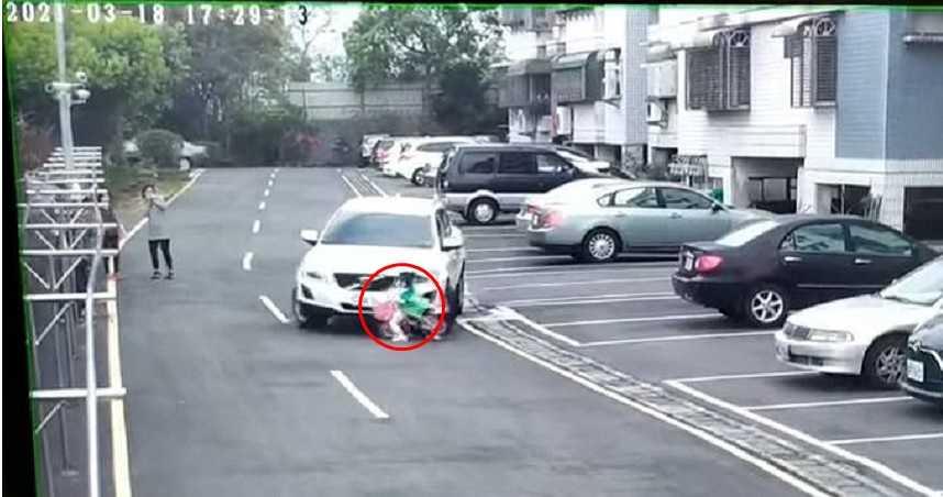 休旅車撞飛女童 母怒理論遭駕駛嗆:怎麼當媽的