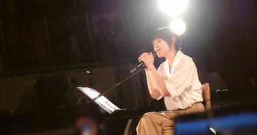 劉若英線上演唱會感動哭慘 「這些歌是你跟我一起唱的」