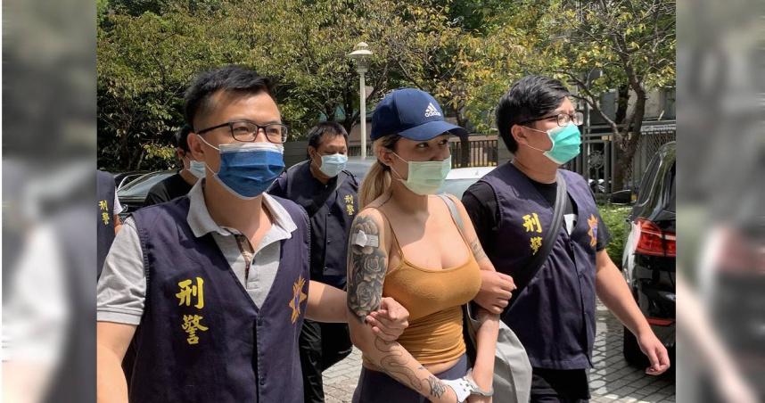 火辣豪乳網紅販毒30萬交保 發文狂嗆:台灣人腦子壞了、低能兒