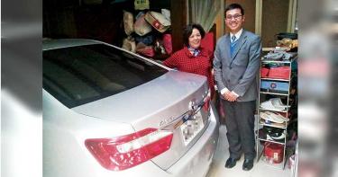 【賣車天王1】鄰家結巴男孩 年售300輛新車
