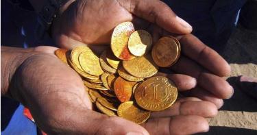 沙漠挖到藏4億珍寶沉船遺骸 船上1根古老「水管」塞滿滿金幣