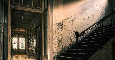 夫妻花光561萬積蓄買房 遷入新居竟發現買到「三手凶宅」