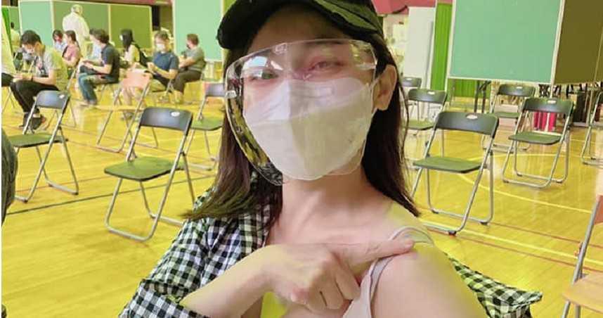 王彩樺今打完第二劑AZ疫苗 搞笑自稱已是「女強人」