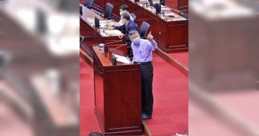 柯文哲赴議會專案報告 錢櫃火警週四懲處名單出爐