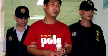 奇案/街頭行刑槍決「加蚋慶」!槍手因2百萬遭友出賣 怒抖真相:藏鏡人是外甥