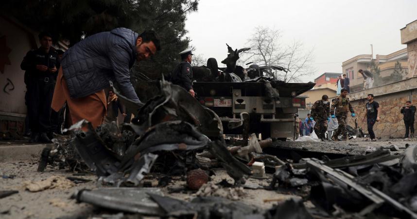 阿富汗街頭爆炸釀3死20傷 小孩哭喊「媽媽起來啊!」