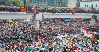 緬甸示威延燒 民眾發起「22222」全國大罷工!已有約640人被捕