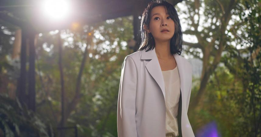 劉若英延遲發片等合作 林依晨睽違19年和張孝全《各自安好》