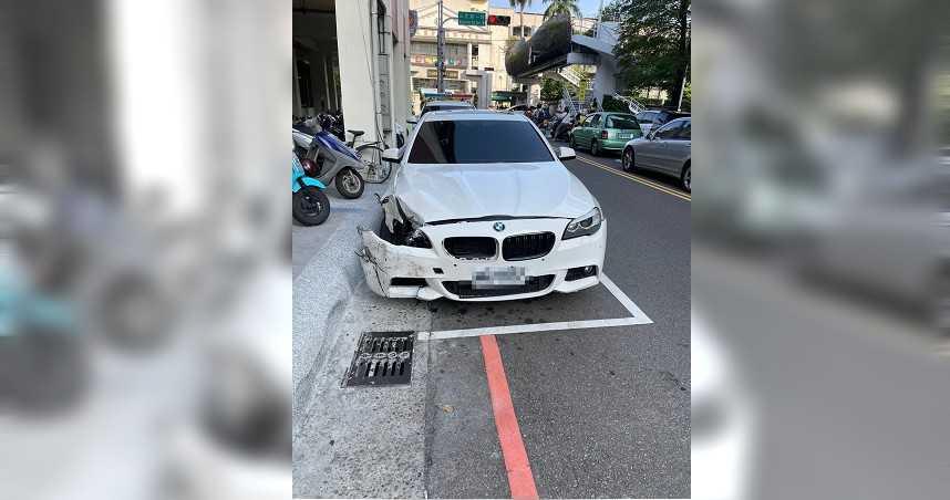 白色BMW撞保時捷肇逃 機油一路漏害無辜騎士慘摔