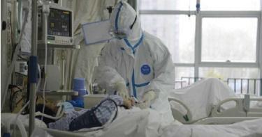 武漢醫院黑暗內幕!醫生拒進隔離病房…靠對講機「遙控護士」