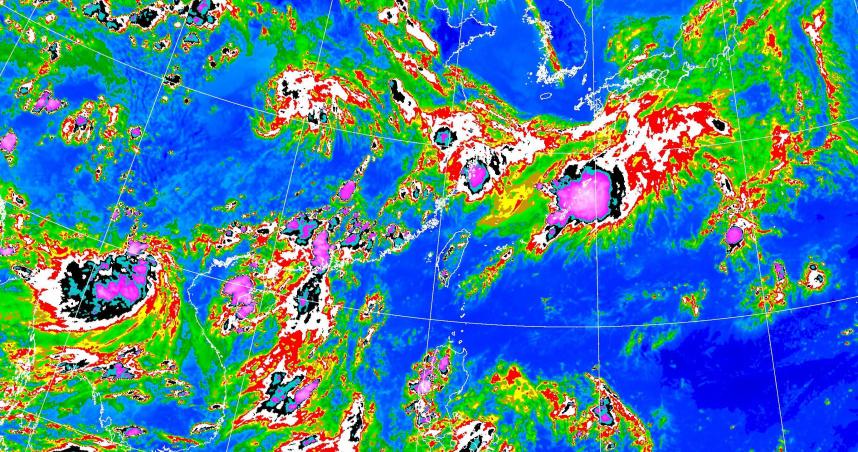 雨神要來了!13縣市大雨特報 3縣市再發「大雷雨警戒」:注意劇烈天氣現象