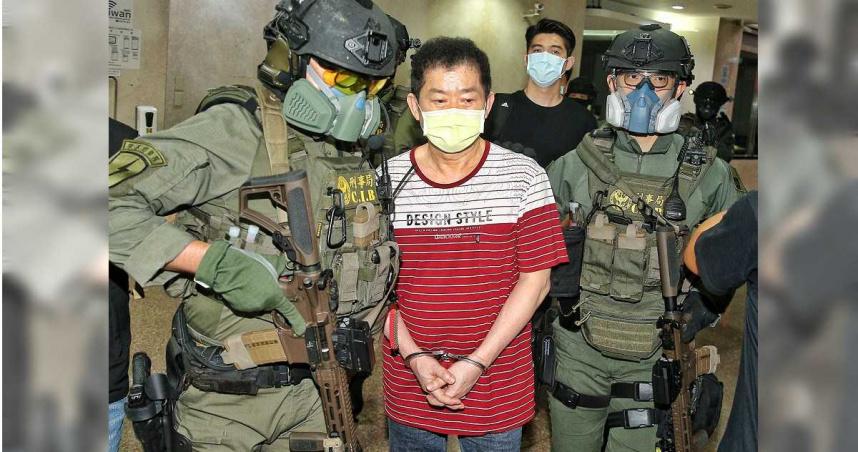 7月29日,逾20名除暴特勤隊員全面武裝、持MK18步槍攻堅,逮捕了號稱台灣治安史上最凶狠的天道盟「美鷹會」大哥王鑫。(圖/報系資料照)
