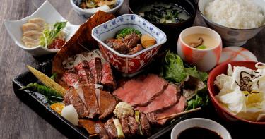 餐飲集團認養了一頭牛!旗下兩家餐廳分別利用不同部位 推出全牛料理菜單