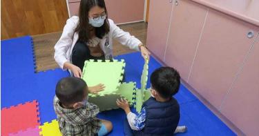 2歲男童發展遲緩「不會說話」 經一年早療…現況曝光