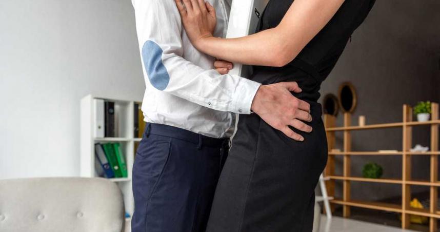 少女遭拍屁襲胸性騷擾 人夫戲謔問:胸部有墊?