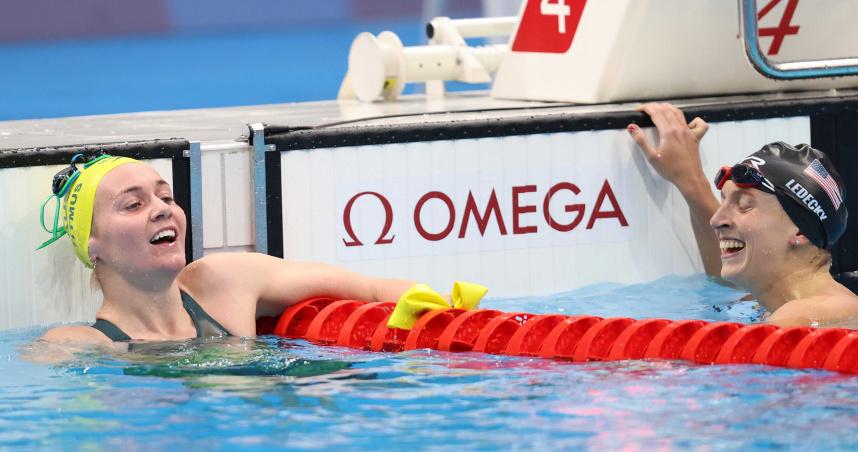 澳洲女泳將「終結者」奪首金 教練樂歪「脫口罩」狂跳吼叫