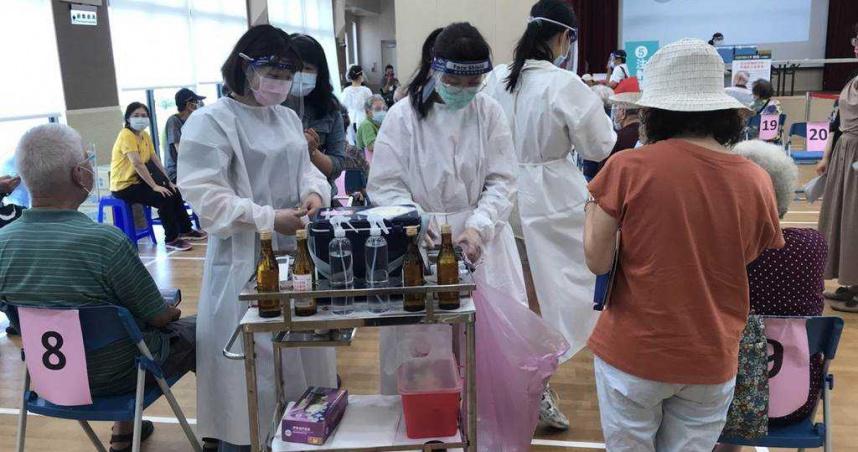 基隆開放第三波疫苗接種!75歲以上長者 23、24日施打
